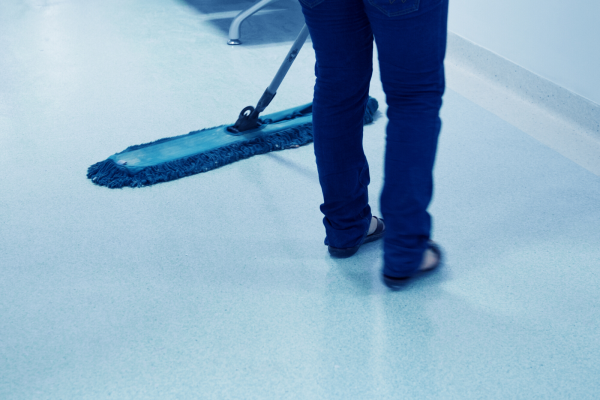 Commercial Carpet Cleaning 1 (1)